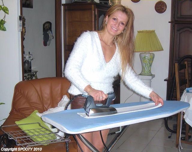 comment repasser son linge avec le nettoyeur aspirateur vapeur aspirateur nettoyeur vapeur spooty. Black Bedroom Furniture Sets. Home Design Ideas