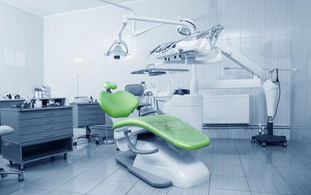 Nettoyage Bio des cabinets dentaires contre la contamination bactérienne
